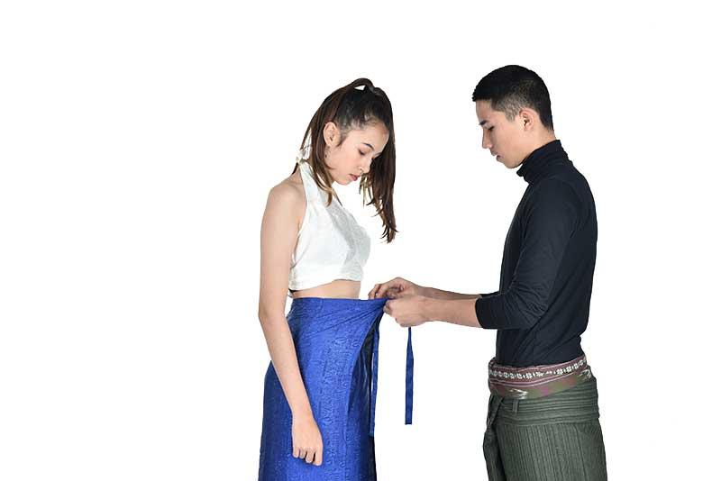 Comment mettre un pantalon portefeuille : étape 4